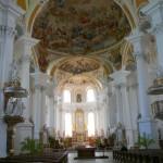 10 Die Klosterkirche von innen